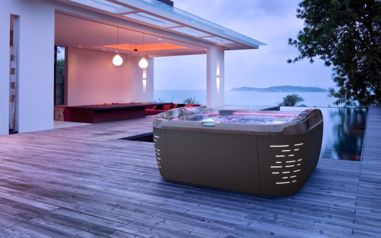 Outdoor Jacuzzi Hot Tub Installation