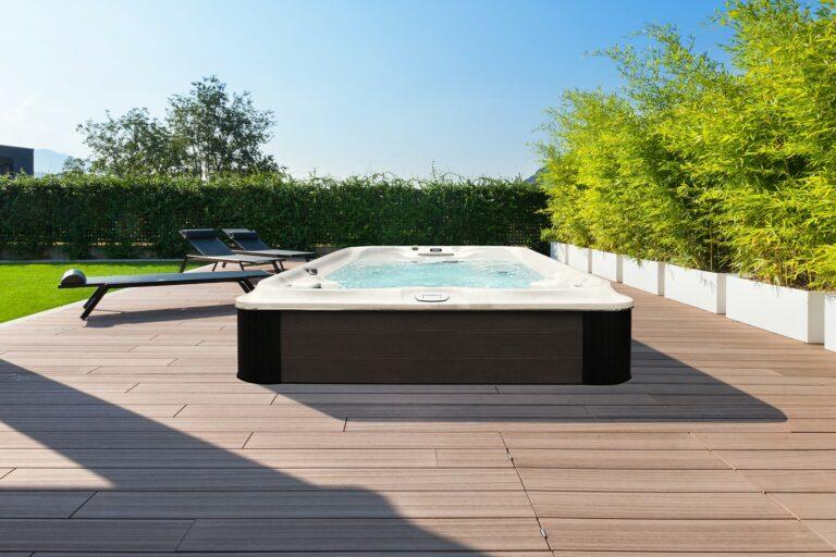 Jacuzzi Swim Spa installation